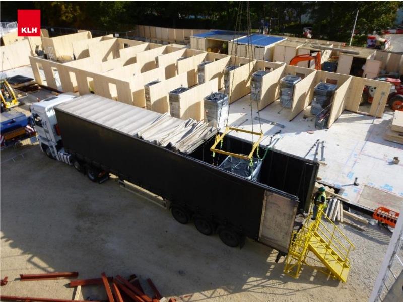 Jak szybko buduje się dom z drewna CLT?